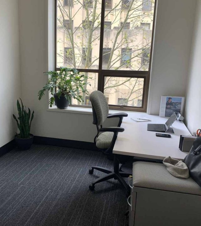 Private-office-at-Tractionspace-flexible-workspace-in-tacoma