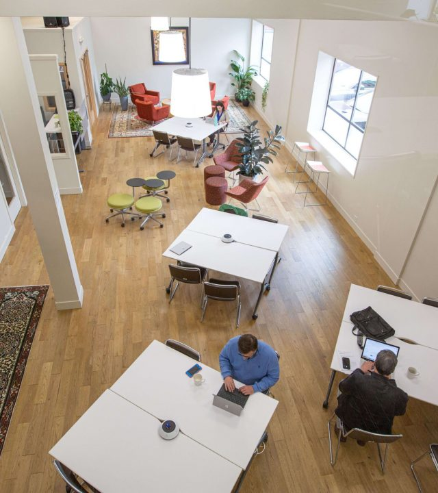 Top-view-tractionspace-coworking-1-scaled
